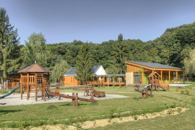 5 szuper gyerekes kirándulási célpont őszi hétvégékre! Kirándulási tippek családoknak Budapesthez közel!